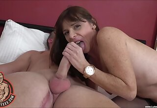 Freckled mature woman plays with the big dick in morning webcam XXX