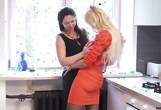 Sexy grown-up babes Seraphina and Zara love having lesbian sex