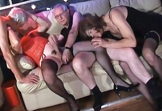 Homemade orgy with 4 cross dressers and 2 old men