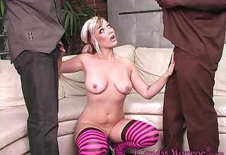 comme �a girl Sweetmeats Monroe blows hard plus raven dicks at the same time
