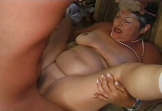 Mature ugly wrinkled whore Ellen gets unshaved pussy fucked doggy hard