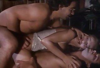 Moana.Pozzi congregation DP in Unfriendliness Donna dei sogni (1993)