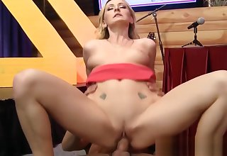 Blonde babe squirts turn over interview ship aboard