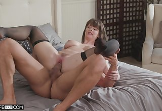 Step mommy gets pussy disjointed in insane home XXX scenes