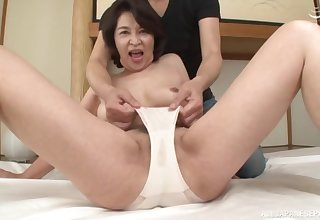 Japanese progenitrix goes wild on cock in full webcam show
