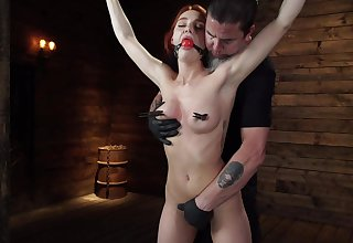 Smiling redhead chip divide up Lacey Lennon gets ensnared vulnerable with bondage