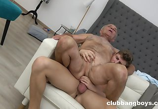 Old man enjoys anal dealings with a much younger guy