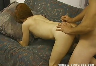 Amateur redhead slut knows how to unfurnished a gung-ho guy's balls