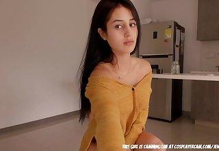 18yo brunette chick solo on webcam