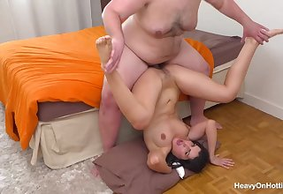 Laure Zecchi Gets Arousing Ass Thing embrace From A Chunky - brutal