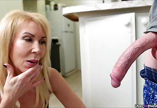 Skinny guy with a crave dig up gets a handjob in the kitchen foreigner Erica