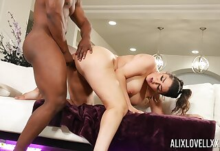 black hunk shows this curvy ass woman proper hardcore fucking