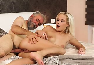 Age-old young creampie Surprise your girlplaymate and she